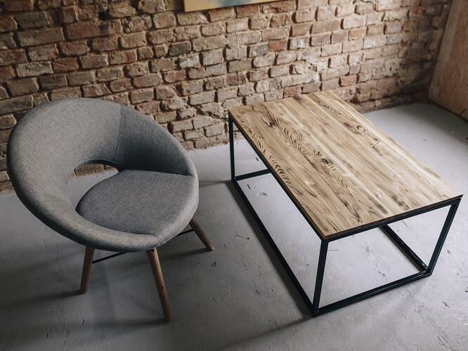stolik kawowy drewniany kruk
